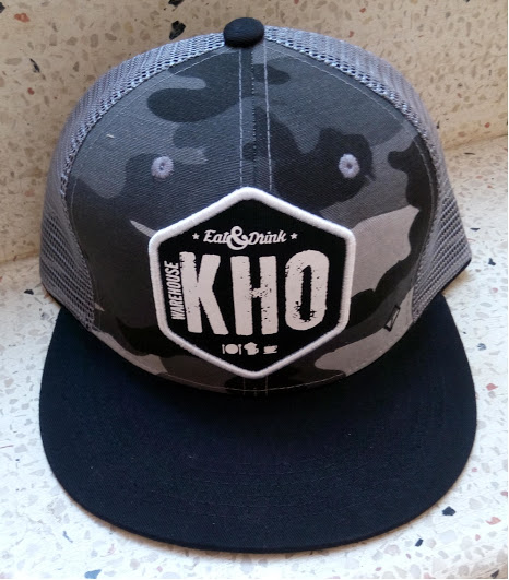 Mũ hiphop in logo